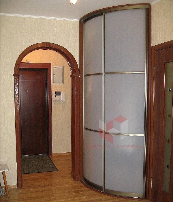 Радиусный шкаф-купе
